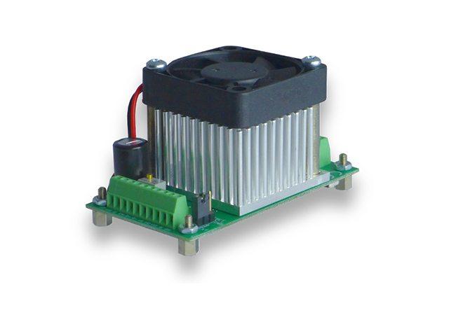 PDu150 Three Channel Ultra-Low Noise 150V Piezo Driver